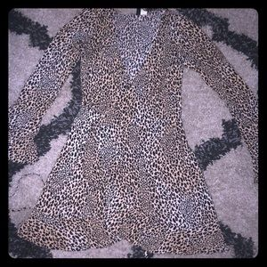 Cheetah dress with flare arms